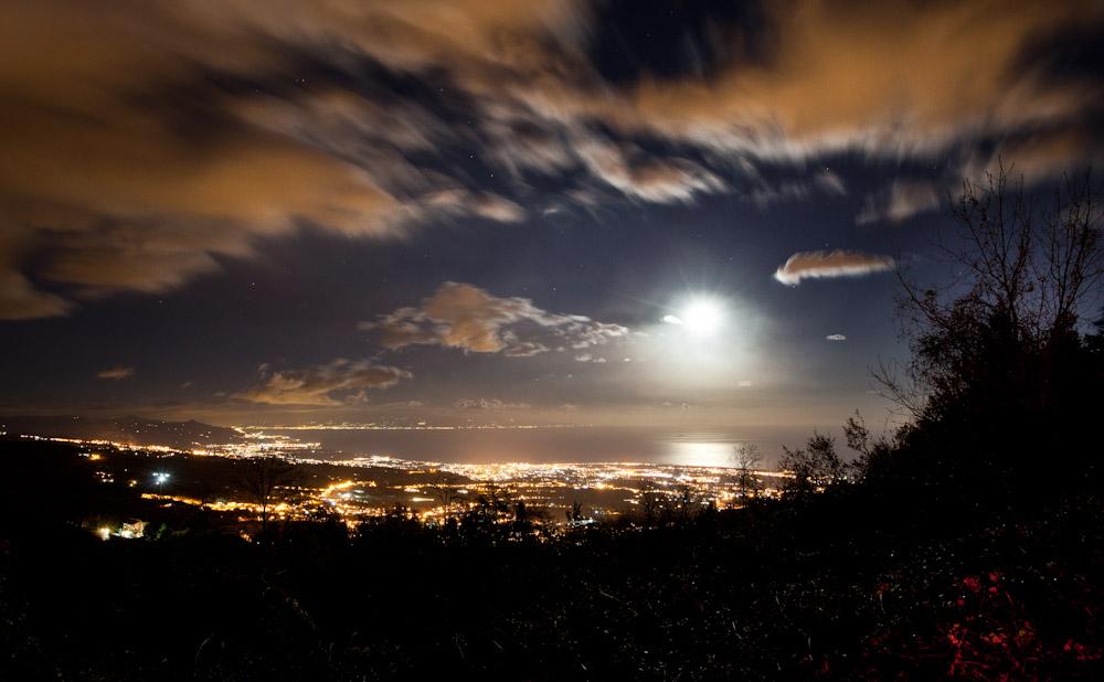 Сицилия, ночной пейзаж с вулкана Этна